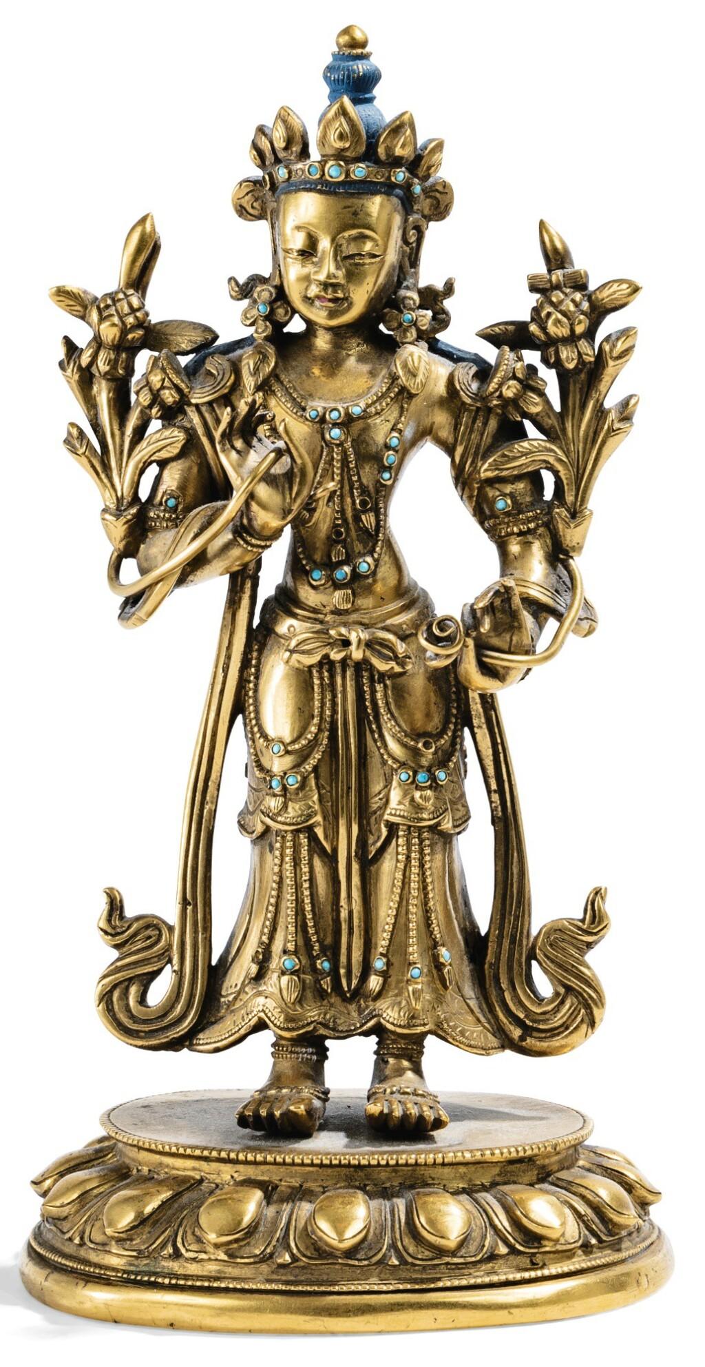 STATUETTE D'AVALOKITESHVARA EN BRONZE DORÉ DYNASTIE QING, XIXE SIÈCLE | 清十九世紀 鎏金銅觀世音菩薩立像 | A gilt-bronze figure of Avalokiteshvara, Qing Dynasty, 19th century