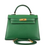 Hermès Vintage Vert Clair Micro Kelly 15cm of Courchevel Leather with Gold Hardware