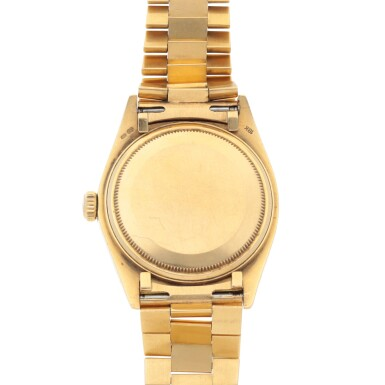 View 4. Thumbnail of Lot 193. DATEJUST, REF 16018 YELLOW GOLD WRISTWATCH WITH DATE AND BRACELET CIRCA 1979.