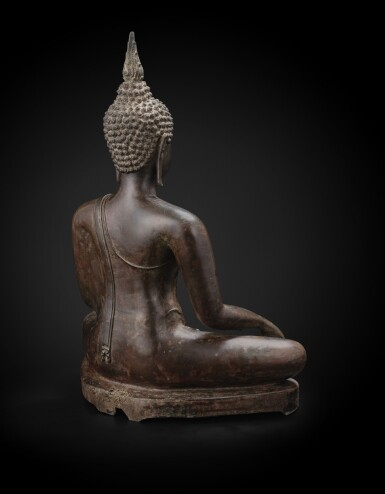 View 4. Thumbnail of Lot 238. A large bronze seated Buddha Thailand, Ayutthaya period, 15th-17th century | 暹邏 十五至十七世紀 阿瑜陀耶式銅佛坐像.