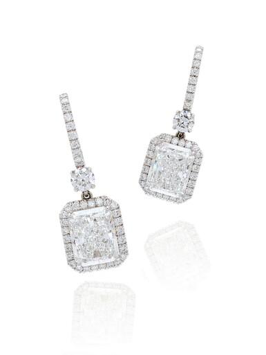 View 1. Thumbnail of Lot 1652. Pair of Diamond Pendent Earrings   3.02及3.02克拉 方形 D色 鑽石 耳墜一對.