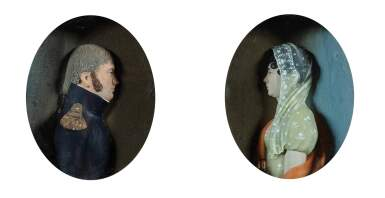 FRENCH, CIRCA 1800-1810 [FRANCE, VERS 1800-1810] | PROFILES OF AN OFFICER OF THE FIRST EMPIRE AND HIS WIFE [PROFILS D'UN OFFICIER DU PREMIER EMPIRE ET DE SA FEMME]