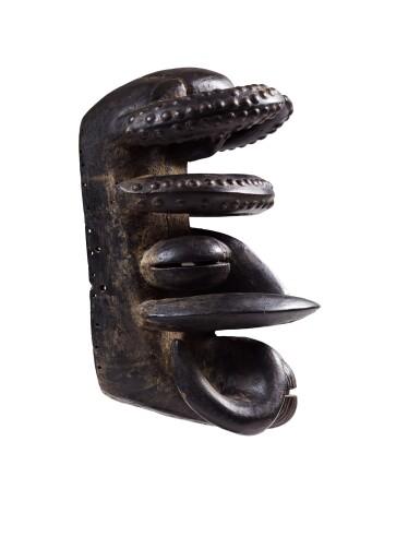 View 3. Thumbnail of Lot 33. Masque, Wé / Guéré, Côte d'Ivoire   We / Guere mask, Côte d'Ivoire.