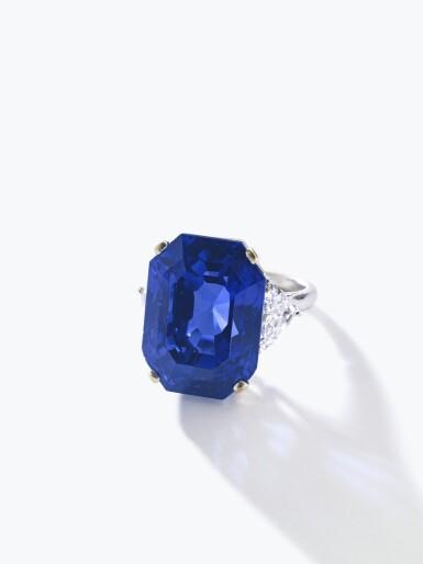 View 4. Thumbnail of Lot 169. Bulgari | Important Sapphire and diamond ring | 寶格麗 | 藍寶石配鑽石戒指.