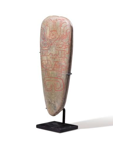View 3. Thumbnail of Lot 5. Lame de hache, Culture Olmèque, Préclassique Moyen, 900-600 AV. J.-C.   Olmec incised celt, Middle Preclassic, 900-600 BC.