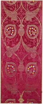 A SILK, VOIDED VELVET AND METAL-THREAD PANEL WITH FOLIATE MOTIFS IN DOUBLE-OGIVAL DESIGN, TURKEY OR ITALY, 16TH CENTURY