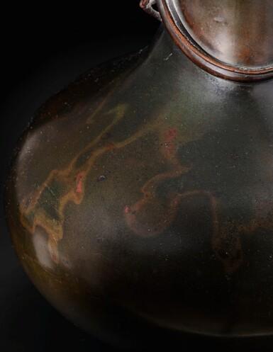 View 4. Thumbnail of Lot 151. A rare large garlic-mouth bronze 'dragon' vase Qing dynasty, 17th century | 清十七世紀 銅盤龍蒜頭瓶.
