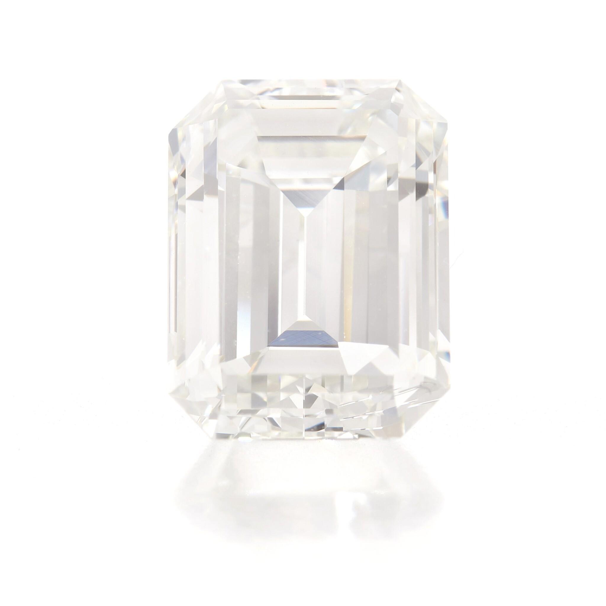 View full screen - View 1 of Lot 212.  UNMOUNTED DIAMOND   (DIAMANTE SCIOLTO).
