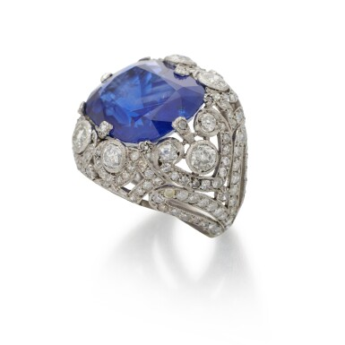 SAPPHIRE AND DIAMOND RING   (ANELLO CON ZAFFIRO E DIAMANTI)