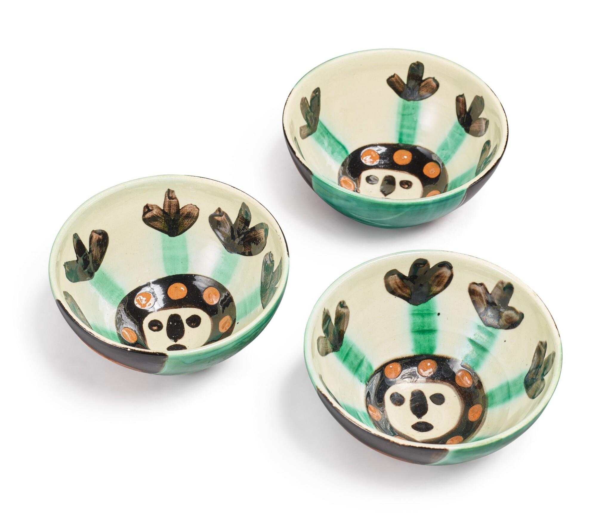 Visage (A. R. 290): 3 ceramics