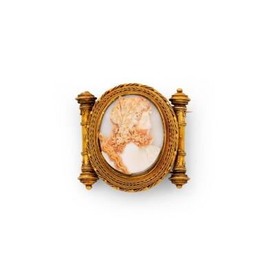 Cameo brooch [Broche camée], late 19th cenruty [fin du XIXème siècle]