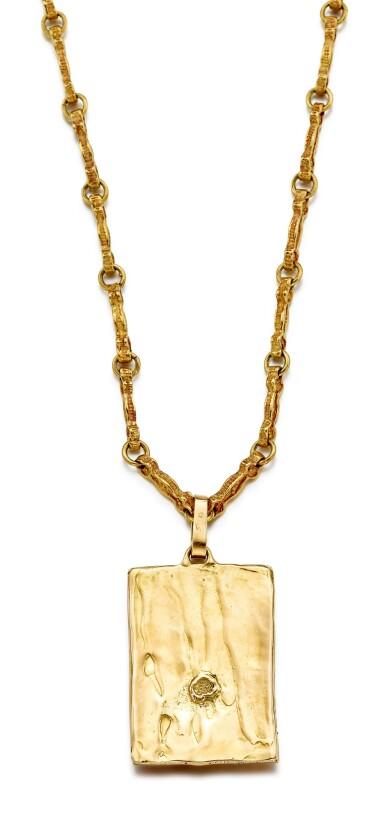 View 3. Thumbnail of Lot 9021. 'Sposalizio della Vergine' Gold Pendent Necklace | 'Sposalizio della Vergine' 黃金項鏈.