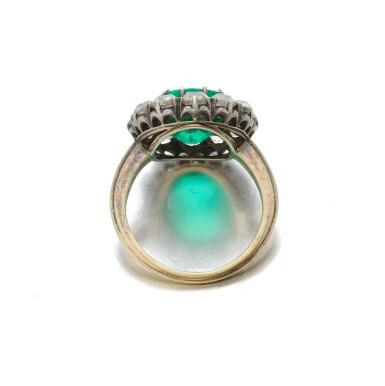 View 4. Thumbnail of Lot 9. Emerald and diamond ring (Anello con smeraldo e diamanti), 1910.