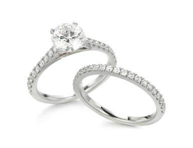 DIAMOND RING AND DIAMOND ETERNITY RING, DE BEERS