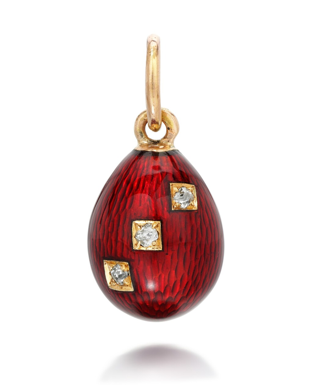 A JEWELLED GOLD AND GUILLOCHÉ ENAMEL EGG PENDANT, ST PETERSBURG, CIRCA 1890