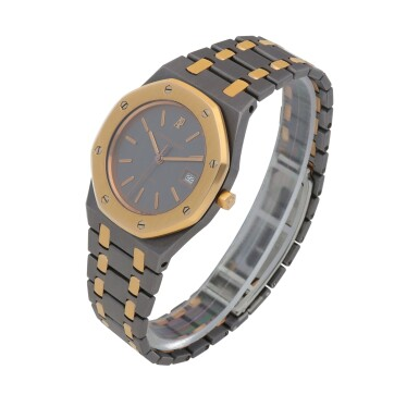 View 2. Thumbnail of Lot 521. Royal Oak, Ref. 14486TR Pink gold and tantalum wristwatch with date and bracelet Circa 1993 | 愛彼 14486TR型號「Royal Oak」粉紅金及鉭金屬鍊帶腕錶備日期顯示,年份約1993.