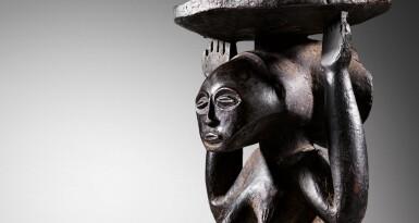 View 7. Thumbnail of Lot 50. Siège caryatide, Hemba / Luba, République Démocratique du Congo | Caryatid stool, Hemba / Luba, Democratic Republic of the Congo.