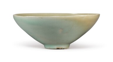 View 4. Thumbnail of Lot 1070.  A CARVED CELADON-GLAZED BOWL,  KOREA, GORYEO DYNASTY, 13TH / 14TH CENTURY.