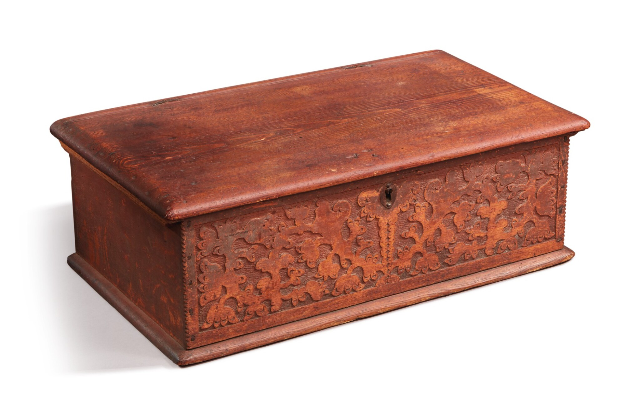 View full screen - View 1 of Lot 59. Very Fine and Rare Pilgrim Century Red-Painted Carved Oak and Yellow Pine Document Box, attributed to John Moore I, Windsor, Connecticut, circa 1685.