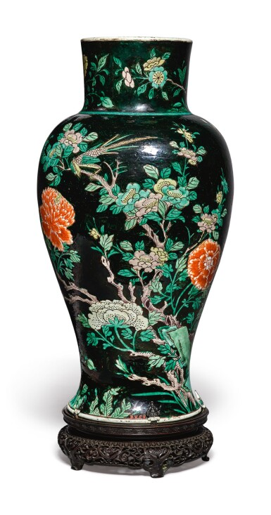 View 5. Thumbnail of Lot 1039.  A FAMILLE-NOIRE 'BIRD AND FLOWER' BALUSTER JAR,  QING DYNASTY, 19TH CENTURY.