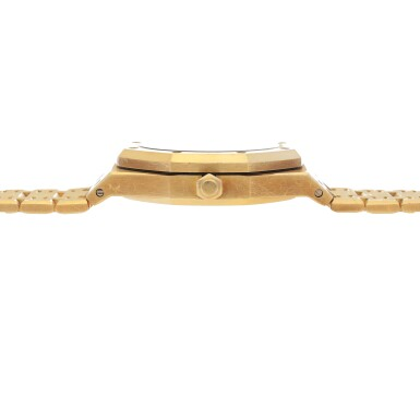 View 5. Thumbnail of Lot 32. Royal Oak, Ref. 25730BA/O/0789BA/01  Yellow gold dual time wristwatch with date, power reserve indication and bracelet  Circa 1998.