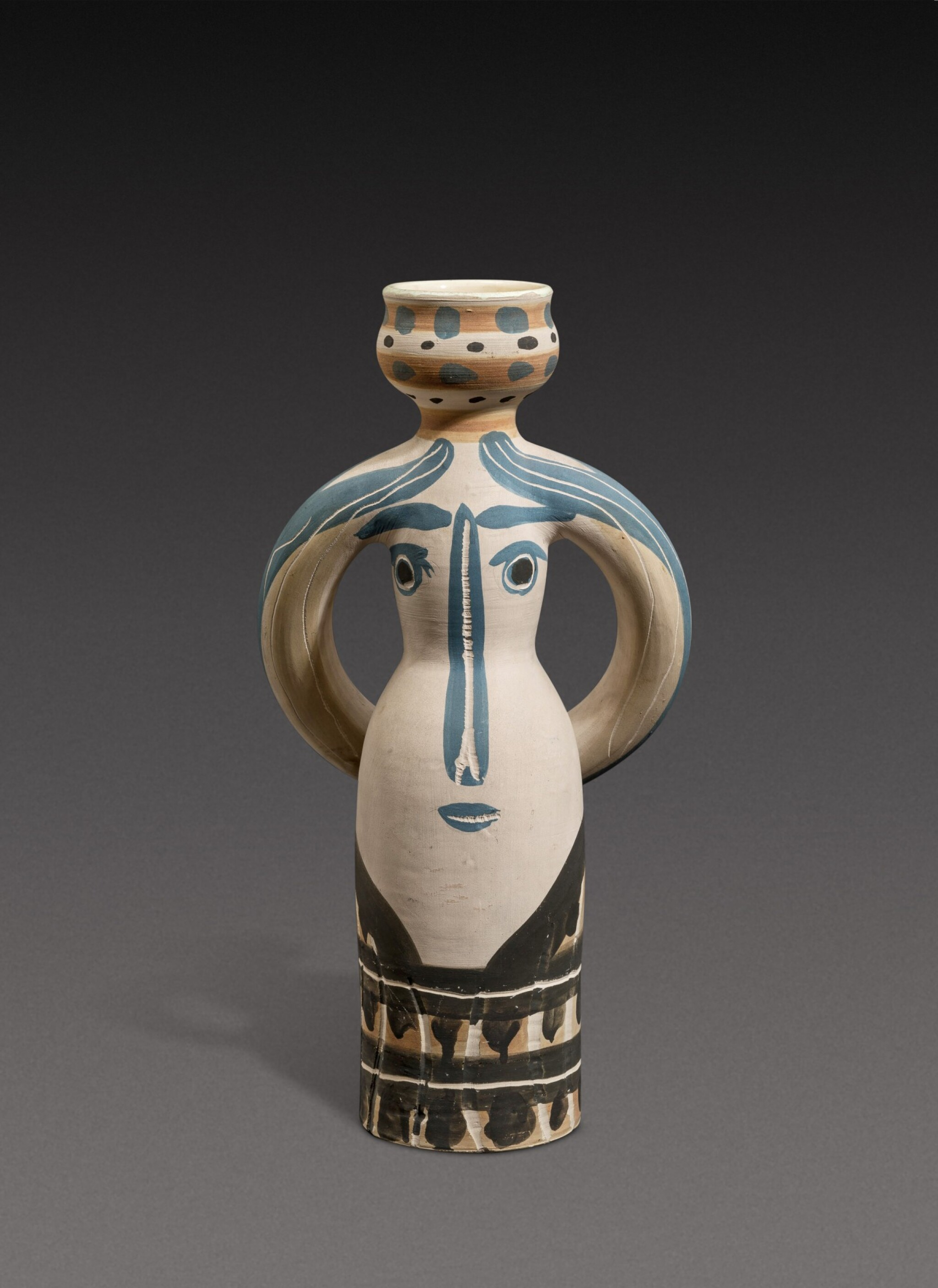 View 1 of Lot 7. Lampe femme (See A. R. 294-295, 298-299).