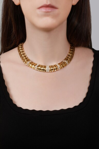 GOLD AND DIAMOND NECKLACE | PIAGET