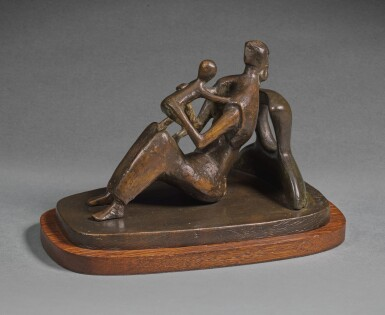 HENRY MOORE |  MAQUETTE FOR MOTHER AND CHILD: ARMS