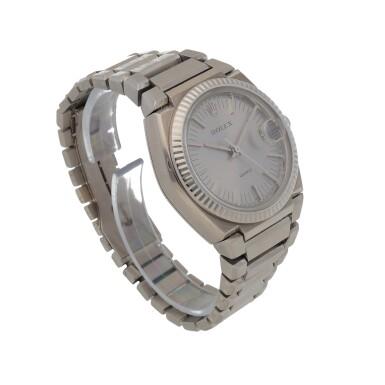 View 3. Thumbnail of Lot 427. 'The Texan' Quartz, Ref. 5100 BETA 21 White gold wristwatch with date and bracelet Circa 1970 | 勞力士 5100 BETA 21型號「'The Texan' Quartz」白金鍊帶腕錶備日期顯示,年份約1970.