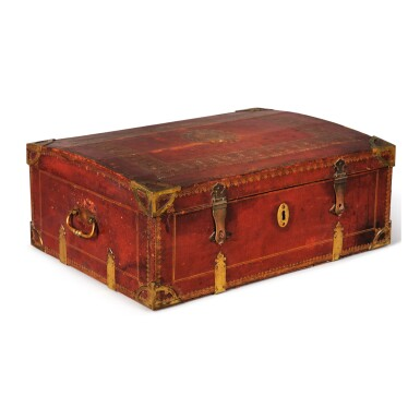 A FRENCH LOUIS XIV STYLE RED MOROCCO LEATHER CASKET WITH COAT OF ARMS, LATE 19TH CENTURY