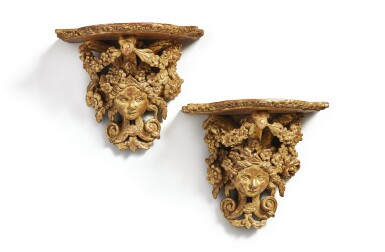 A PAIR OF LOUIS XIV CARVED AND GILTWOOD WALL BRACKETS, POSSIBLY ITALIAN, CIRCA 1700