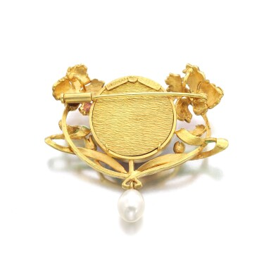 View 3. Thumbnail of Lot 40.  MASRIERA   ENAMEL, CULTURED PEARL AND DIAMOND BROOCH.