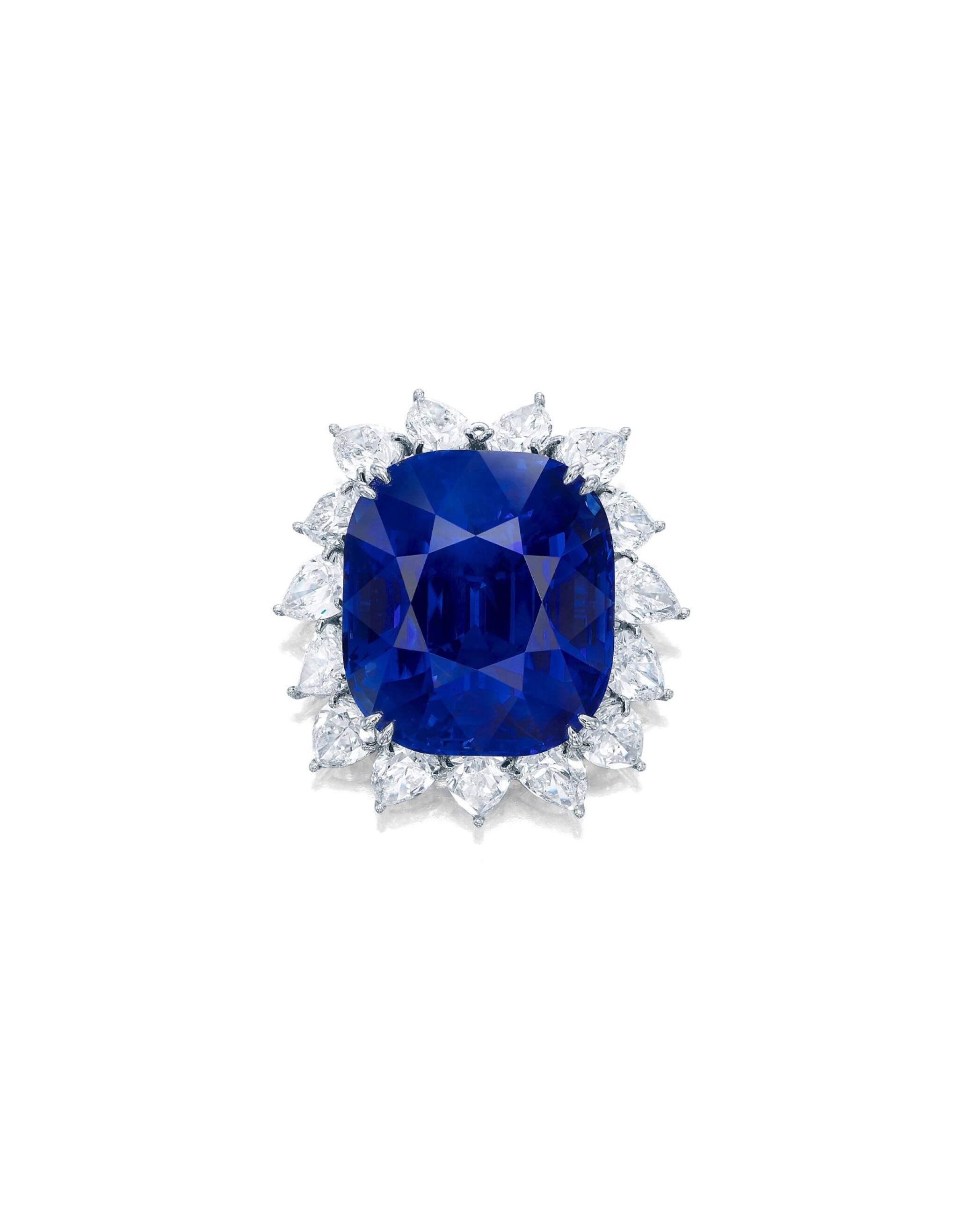 View full screen - View 1 of Lot 1755. AN EXTRAORDINARY SAPPHIRE AND DIAMOND PENDANT | 超凡至尊 118.88卡拉 天然「緬甸皇家藍」未經加熱藍寶石 配 鑽石 掛墜.
