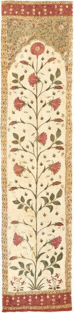 A LONG PAINTED COTTON TENT PANEL (QANAT) FRAGMENT, NORTH INDIA, 17TH CENTURY