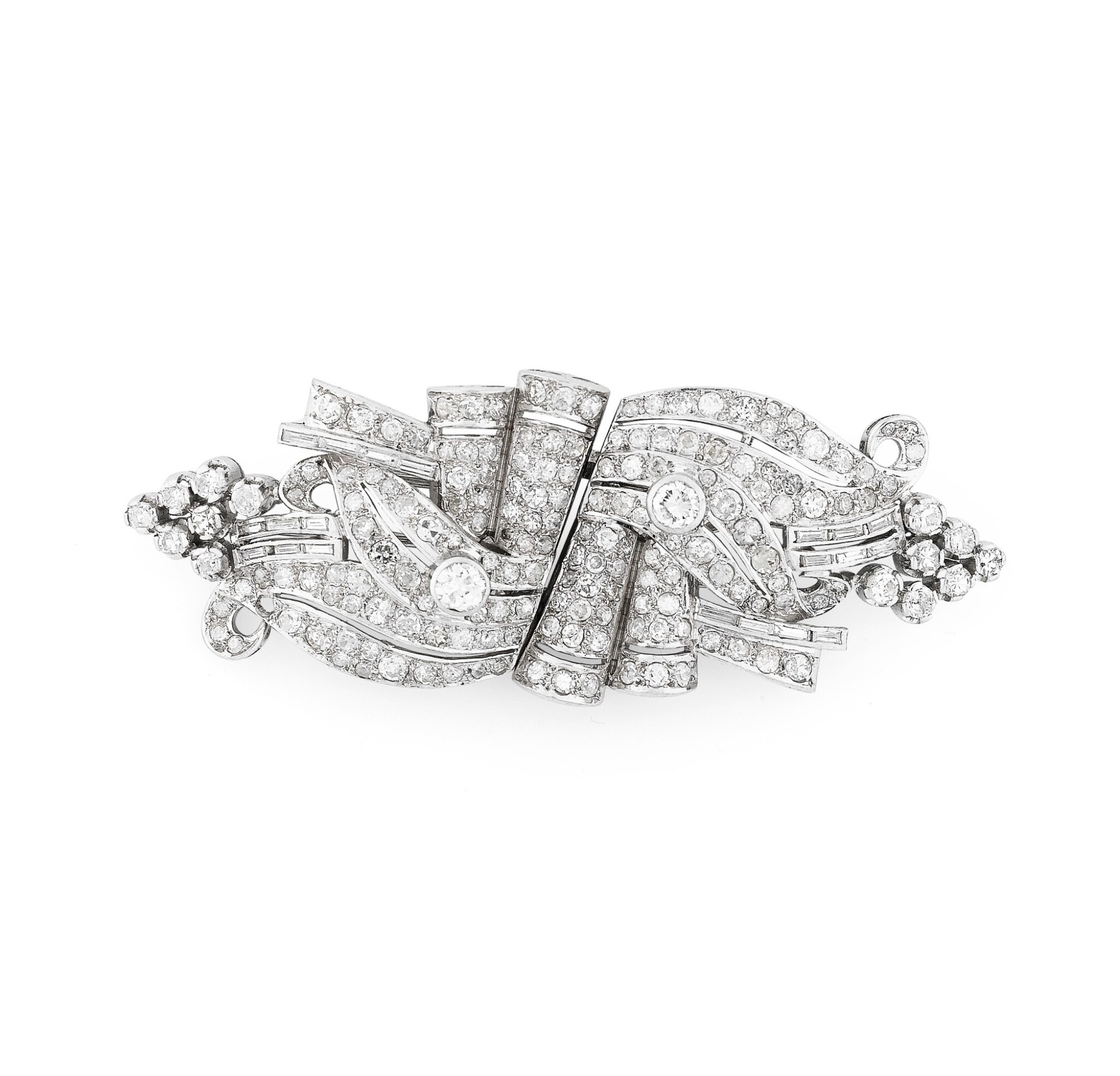 View full screen - View 1 of Lot 28. Broche double-clip diamants | Diamond double clip-brooch.