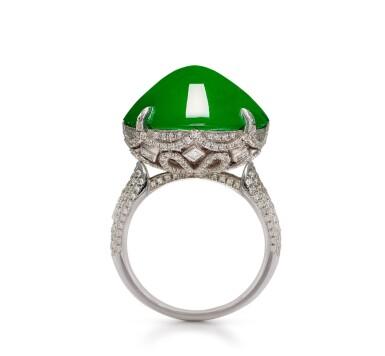 View 3. Thumbnail of Lot 1859. Imperial Green Jadeite and Diamond Ring |  天然「帝王綠」翡翠 配 鑽石 戒指.