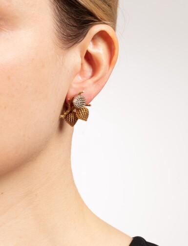 View 4. Thumbnail of Lot 111. Paire de clips d'oreille or | Pair of gold ear clips.