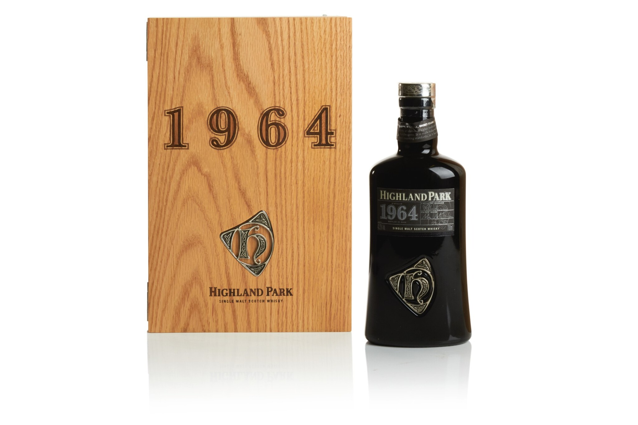 View full screen - View 1 of Lot 276. HIGHLAND PARK ORCADIAN VINTAGE  42.2 ABV 1964 .