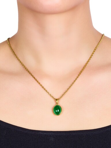 View 2. Thumbnail of Lot 1722. A Very Fine Jadeite Pendent Necklace | 天然翡翠項鏈.