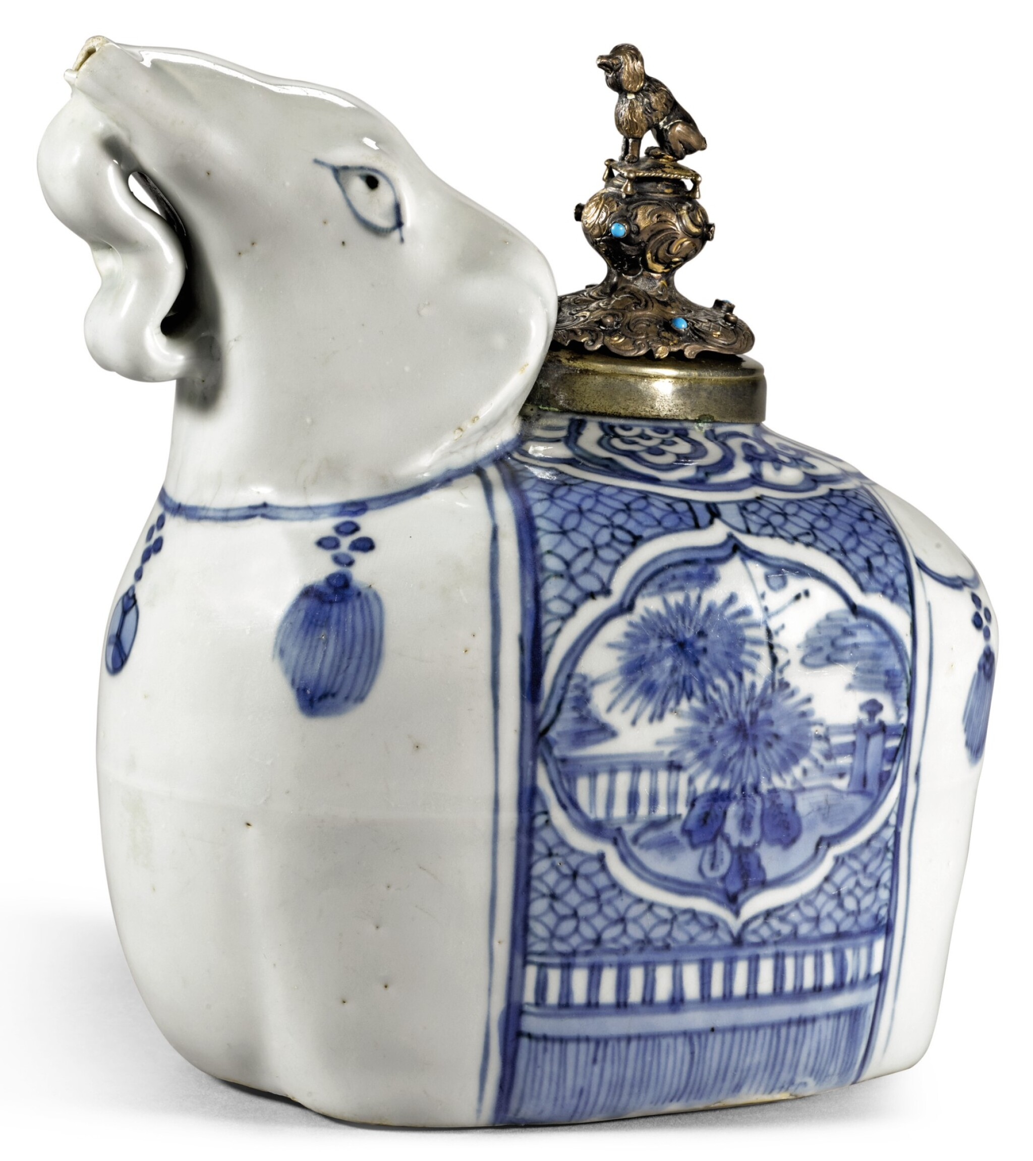 View full screen - View 1 of Lot 324. A BLUE AND WHITE 'ELEPHANT' KENDI MING DYNASTY, WANLI PERIOD | 明萬曆 青花象首軍持.