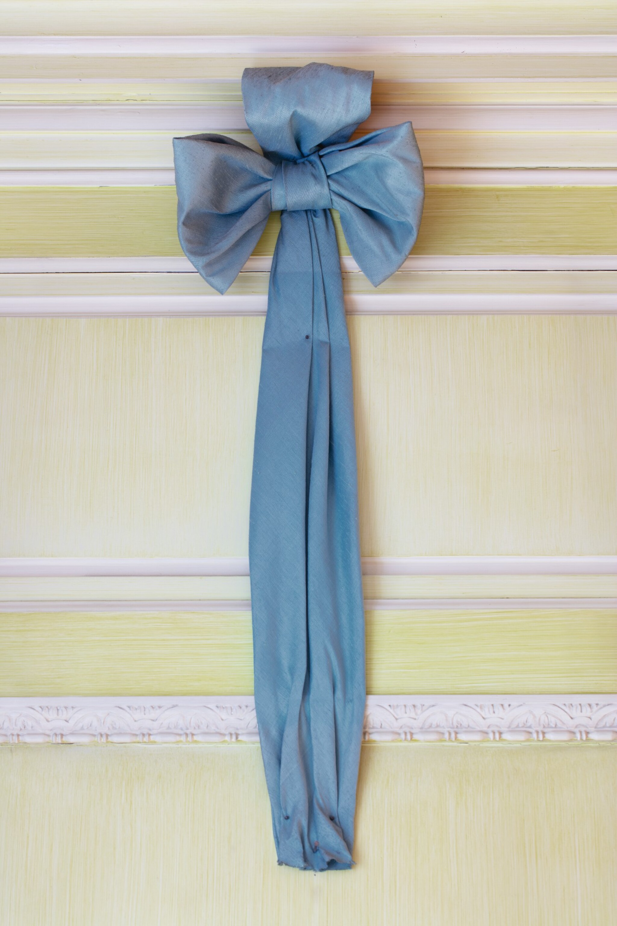 FOUR BLUE SILK BOWS, SUPPLIED BY BELFAIR FOR MARIO BUATTA'S APARTMENT