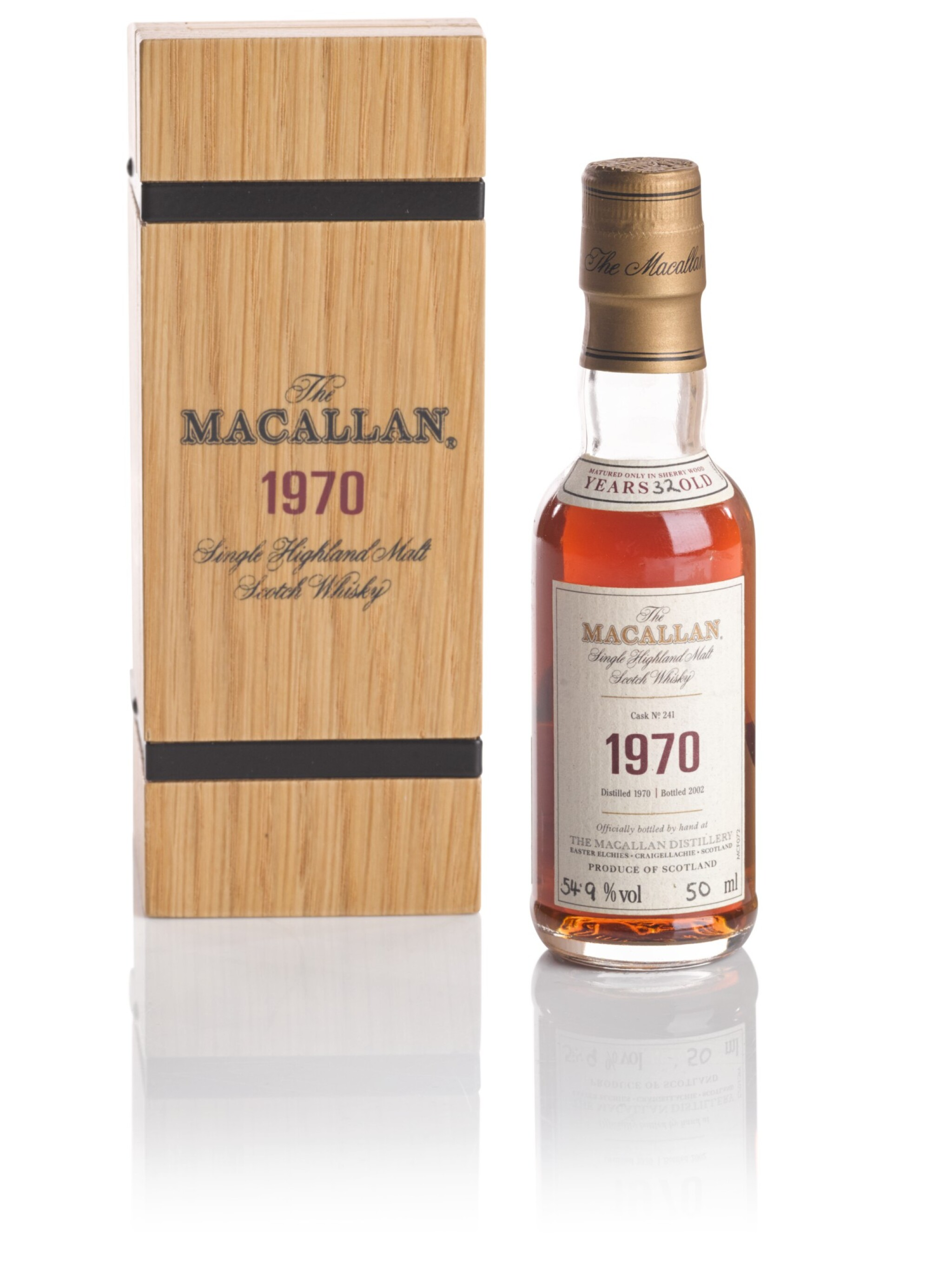 View full screen - View 1 of Lot 86. THE MACALLAN FINE & RARE 32 YEAR OLD 54.9 ABV 1970 .