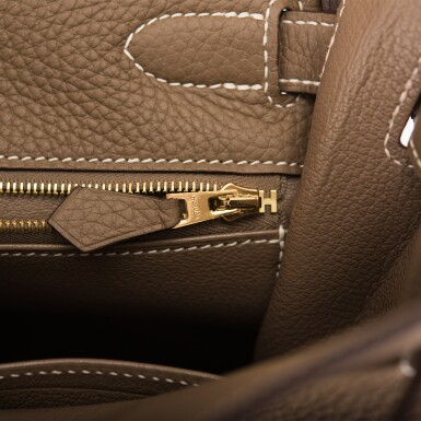 View 8. Thumbnail of Lot 70. HERMÈS | ETOUPE RETOURNE KELLY 32CM OF TAURILLON CLEMENCE LEATHER WITH GOLD HARDWARE.