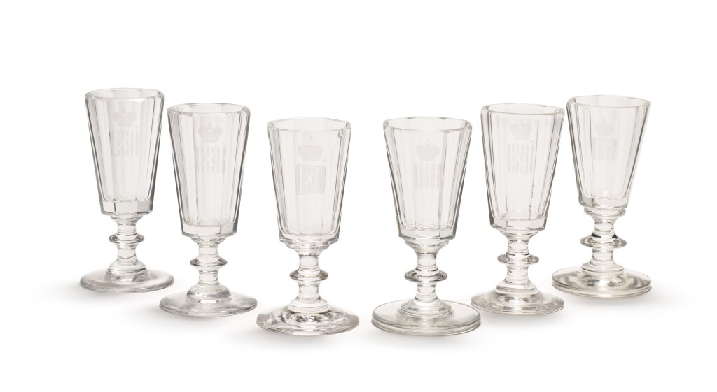 A SET OF SIX CORDIAL GLASSES FROM THE BANQUETING SERVICE OF GRAND DUCHESS ALEXANDRA IOSIFOVNA (1830-1911), IMPERIAL GLASSWORKS, ST PETERSBURG, CIRCA 1850