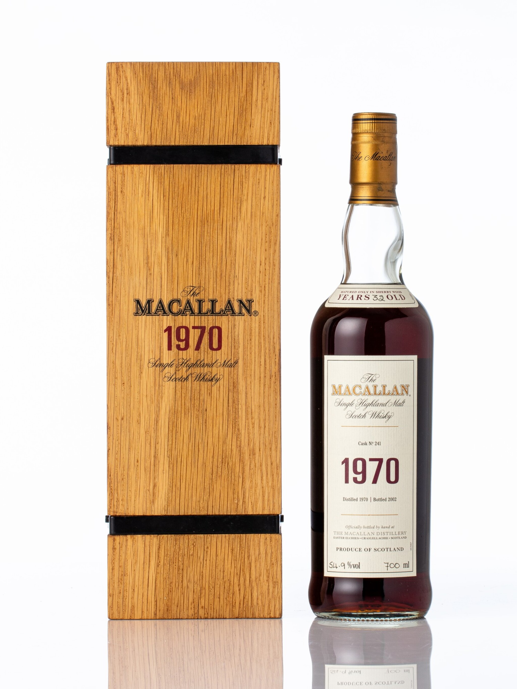 View full screen - View 1 of Lot 5002. The Macallan Fine & Rare 32 Year Old 54.9 abv 1970 (1 BT70).