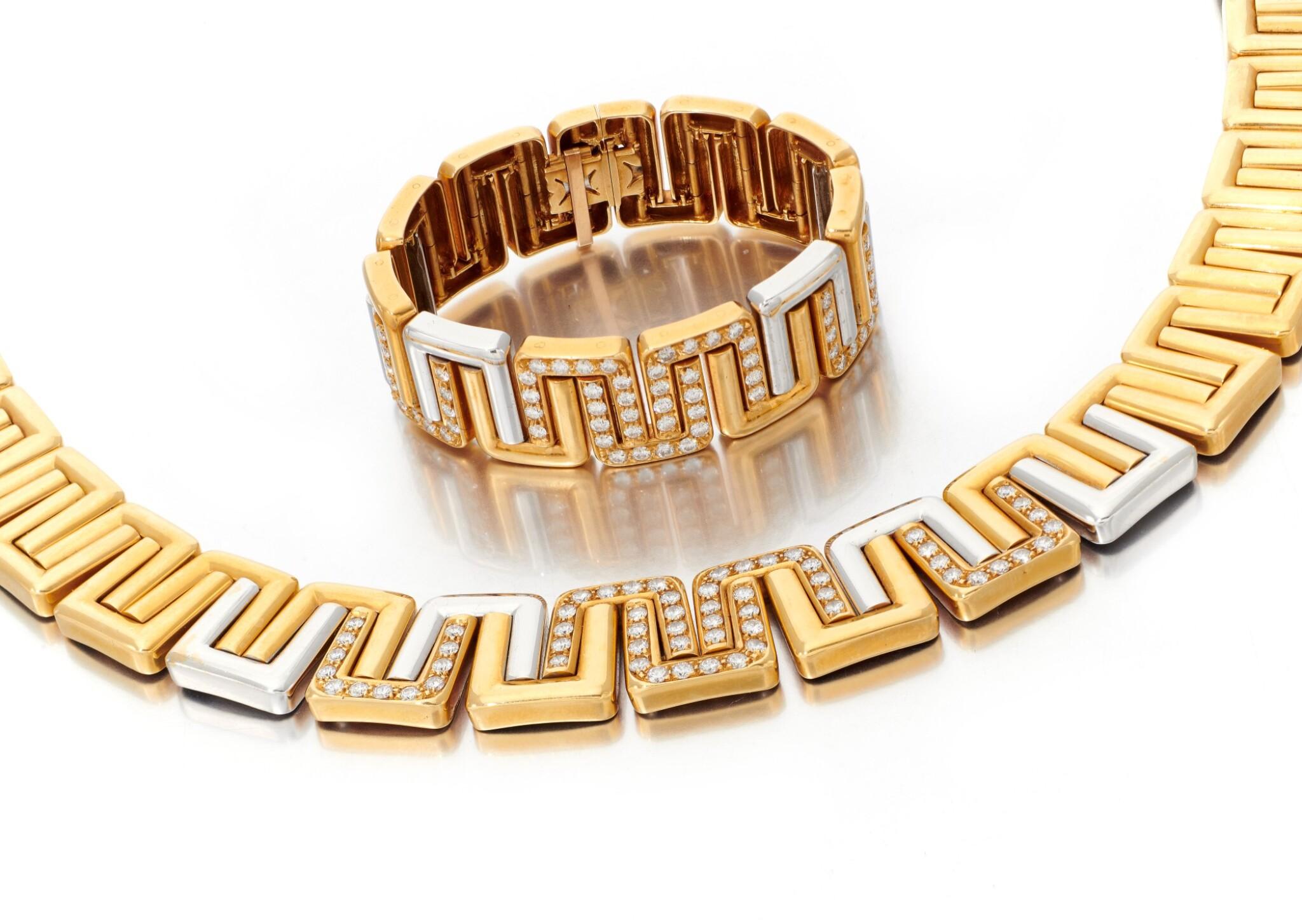 View full screen - View 1 of Lot 99. DIAMOND NECKLACE AND BRACELET   (COLLANA E BRACCIALE CON DIAMANTI).
