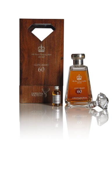 GLEN GRANT GORDON & MACPHAIL  THE QUEEN'S DIAMOND JUBILEE  LIMITED EDITION 60 YEAR OLD 42.3 ABV 1952