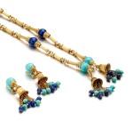 PIAGET | GOLD, TURQUOISE AND LAPIS LAZULI DEMI-PARURE | 伯爵 | K黃金 配 綠松石 及 青金石 項鏈 及 耳墜一對