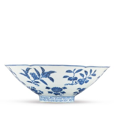 View 6. Thumbnail of Lot 131. A finely painted blue and white lobed 'fruit and flower' bowl, Xuande mark and period | 明宣德 青花折枝花果紋葵口碗  《大明宣德年製》款.