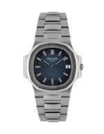 PATEK PHILIPPE | NAUTILUS, REF 3800/1A STAINLESS STEEL WRISTWATCH WITH DATE AND BRACELET MADE IN 2003